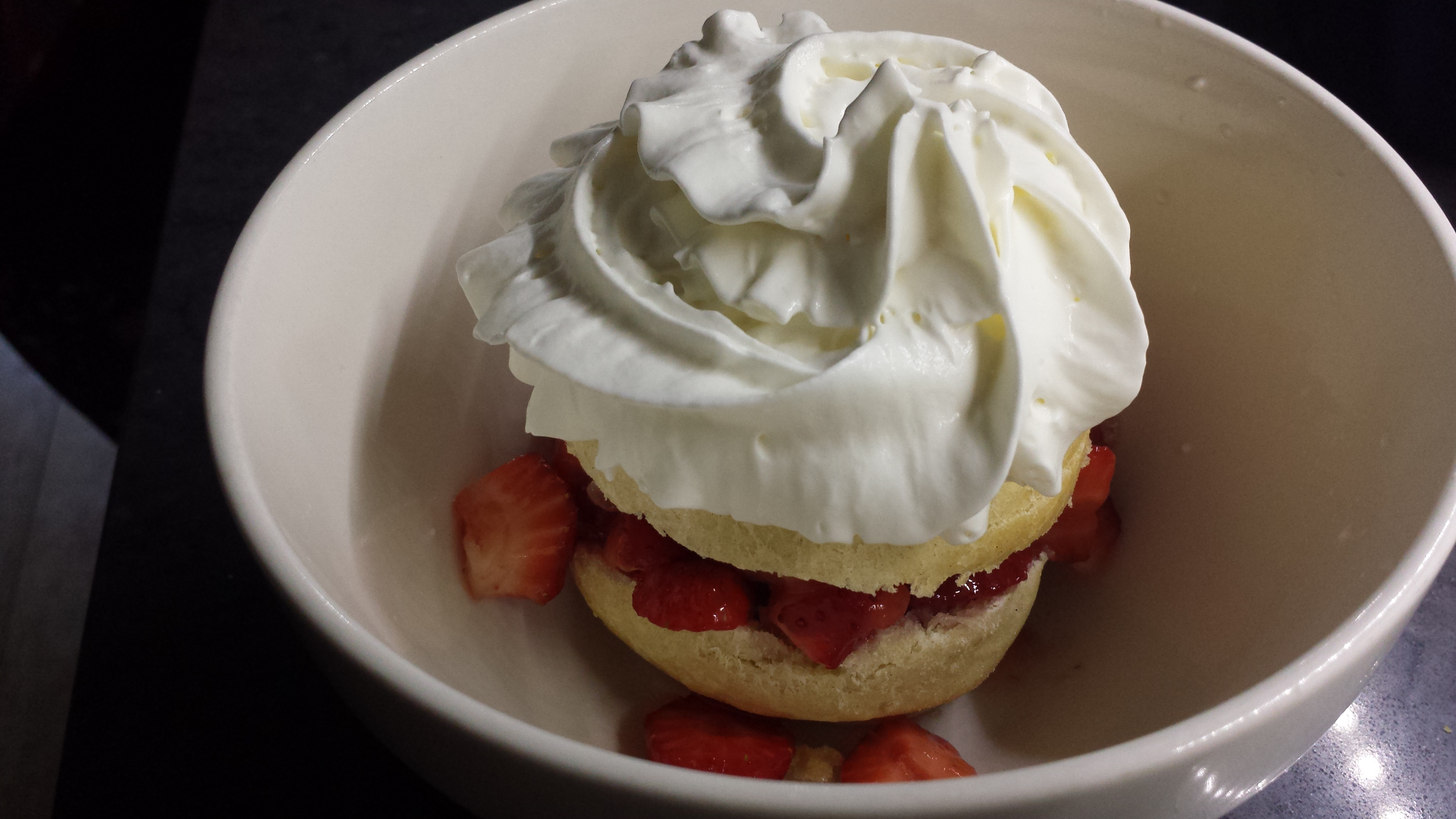 1 Minute Strawberry Shortcake Recipe